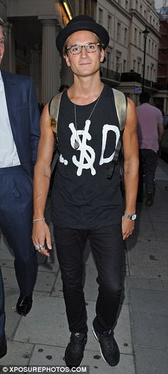 Fashionable friends: Oliver Proudlock showed off his style credentials in a printed tee and hat Louise Thompson, Made In Chelsea, Lost Boys, Famous Men, Perfect Man, Beautiful Men, Fashion Looks, Handsome, Mens Fashion