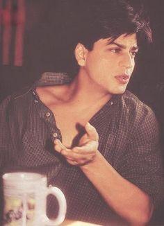 Blast from the past Shahrukh Khan And Kajol, Shah Rukh Khan Movies, Sr K, Best Hero, Vintage Bollywood, King Of Hearts, I Like Him, Cinema, Bollywood Stars