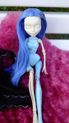 Corpse bride Emily made by Georgi:  Comisions at: https://www.facebook.com/GeorgisAtelier/