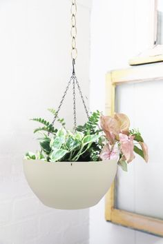 DIY Hanging Planters to Display Your Greenery DIY Hexagon Hanging PlanterDIY Hexagon Hanging Planter Vertical Wall Planters, Diy Hanging Planter, Wood Planters, Hanging Baskets, Planter Pots, Planter Ideas, Window Hanging, Ceiling Hanging, Hanging Shelves