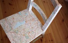 Map decoupage on a chair Painted Chairs, When I Grow Up, Cartography, Furniture Inspiration, Mtv, Decoupage, At Least, Diy Projects, Crafty