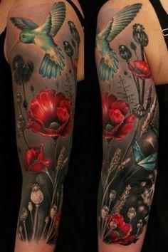 Rote Blüten mit Vogel 3D Tattoo