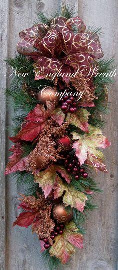 Christmas Wreath, Holiday Wreath, Christmas Swag, Victorian Christmas Décor, Burgundy, Elegant Tuscany Swag
