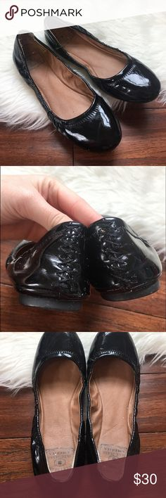 Lucky Brand Black Patent Leather Erin Scrunch Flat In great used condition. Worn only a handful of times. The toes do have scratches on them. Never tried removing them. Please review photos before purchasing! Lucky Brand Shoes Flats & Loafers