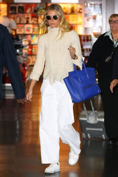 Discover the details that make the difference of the best unique people with a lot of Simple Outfits, Casual Outfits, Fashion Outfits, Fashion Trends, Looks Style, Style Me, Fashion Corner, Gwyneth Paltrow, Street Style Women
