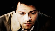 """Why Castiel Is Everyone's Favorite On """"Supernatural"""""""