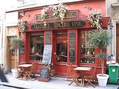 French shop front - photo by Linda Carswell