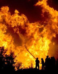 Akte Astrosuppe - glasklar!: S+P Worldnews - Chile: Großbrand in Valparaíso mit mindestens 12 Toten...