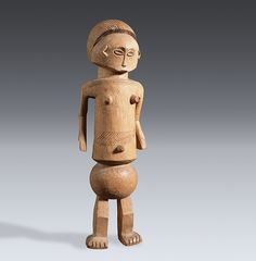 Female figure, Nyamwezi Wood 40cm Collection of the Museum für Völkerkunde Dresden