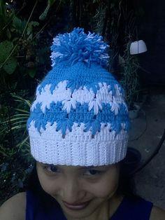 Ravelry: Frozen winter (bun) hat pattern by Wilma Westenberg