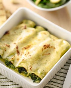 Cannelloni met spinazie en pecorino Polenta, Cheese Recipes, Risotto, Gnocchi, Entrees, Mashed Potatoes, Dinner, Ethnic Recipes, Desserts