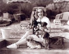 {Carole Lombard} this photo makes me smile large :)