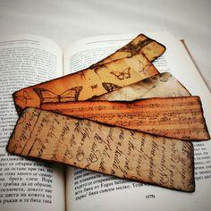 Set of 5 vintage bookmarks - elegant gift for your book fan friend. Vintage Bookmarks, Paper Bookmarks, Rose Crafts, Diy Home Crafts, Scrapbook Cards, Scrapbooking, Sheet Music Crafts, Creative Bookmarks, Bookmark Craft