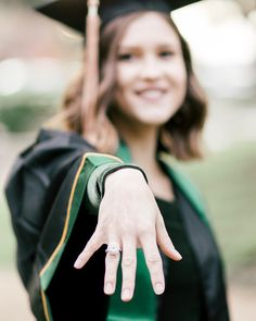 College Senior Sessions | Graduation Pictures