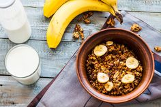 Add Bananas & Granola To Your Yogurt For a Hearty & Healthy Breakfast!
