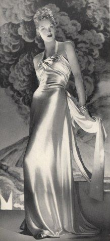 Vionnet Gown - 1939 - by Madeleine Vionnet - Photo by André Durst…