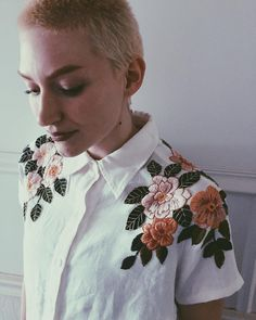 """(@tessa_perlow) on Instagram: """"rosey cropped button-down🌸🌹🌸 modeled by my babe of a sis, @caaaahrl #embroidery #upcycled"""""""
