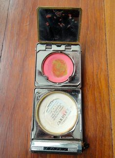 Yardley vintage make up