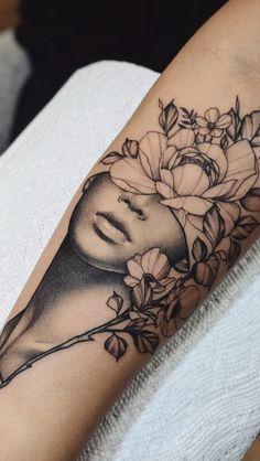 Künstler: Cameron Pohl – – Tattoo ideen – Tattoos And Body Art floral tattoo designs Floral Tattoo Design, Flower Tattoo Designs, Tattoo Designs For Women, Flower Tattoos, Henna Designs, Tattoo Floral, Neue Tattoos, Body Art Tattoos, Girl Tattoos