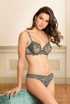 Lise Charmel, Dressing Floral, Fall - Winter 2017, Automne - Hiver 2017