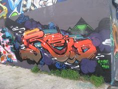 ROID #graffiti #typo #design