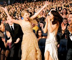 #TaylorSwift's Best Surprised Faces: November 20, 2011 (with #SelenaGomez)