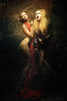 Stefan Gesell is a talanted photographer / retoucher based in Munich, Germany.
