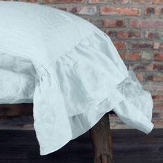 Side Ruffles Romantic Linen Pillowcases (set of 2)
