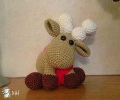 Another Reno Amigurumi free Crochet Crafts, Crochet Yarn, Crochet Toys, Crochet Projects, Crochet Animal Patterns, Stuffed Animal Patterns, Amigurumi Patterns, Crochet Christmas Trees, Holiday Crochet