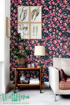 Transform any room in your home into a floral paradise with this self-adhesive vinyl PAINTED COLORFUL FLOWER pattern removable wallpaper!
