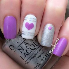 There are new nail trends replaced by others year after year. Some nail designs give way to others and become less popular. Nails for New Years 2018 will be special too. We'll tell you about preferred colors, fashionable styles and main nail trends. Nail Art Mauve, Purple Nail Art, Pretty Nail Art, Fancy Nails, Cute Nails, Diy Nails, Nail Art Designs 2016, Simple Nail Art Designs, Valentine Nail Art