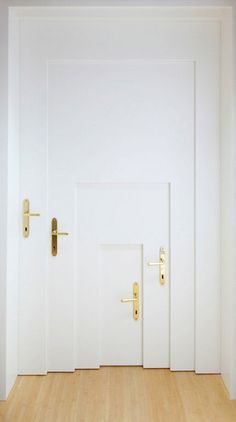 Inception door. http://www.spiritscienceandmetaphysics.com/10-interesting-facts-about-lucid-dreaming-that-will-open-your-mind/