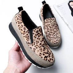 49.29$  Buy here - http://alif0j.worldwells.pw/go.php?t=32784900541 - Fashion Leopard Style Women Casual Shoes Flat Comfortable Platform Shoes Autumn Spring Handmade Ladies Shoes