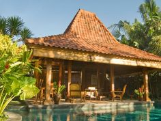 45 Desain Rumah Joglo Khas Jawa Tengah | Desainrumahnya.com Exterior Design, Interior And Exterior, Indonesian Decor, Ubud Villas, Bali House, Gazebo Pergola, Traditional House, Future House, House Plans