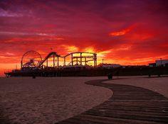California Cool:  Santa Monica @ sunset