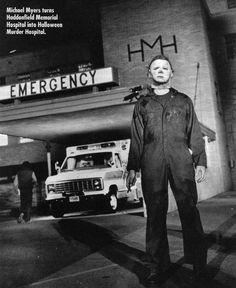 Behind the scenes in HALLOWEEN II (1981).