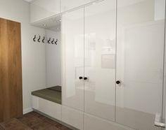Projekt kawalerki Ursynów 33m2 - Hol / przedpokój, styl nowoczesny - zdjęcie od Hirszberg Pracownia Architektoniczna - homebook