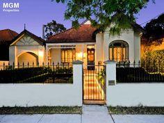 Decorative verandah work and colours House Facades, Facade House, Victorian Houses, Fences, Real Estate, Exterior, House Design, Colours, Mansions