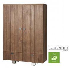Teakhouten geslotenkast Flo van het merk Foucault Kast Flo bevat 3 legplanken. Materialen: Onbehandeld teak, gecombineerd met RVS poten en handgrepen