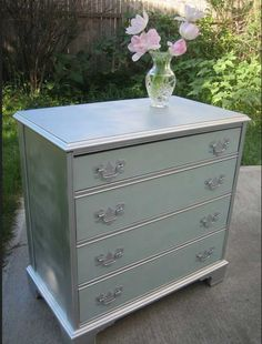 Picturesque Silver Polished Four Drawers Dresser For Inspiring ...