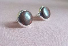 New ***.  Blood red Jasper natural stone stud earrings.  10 mm diameter.  Silver plated. by Grindingstone on Etsy