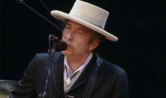 "La casa de subhastas Sotheby's subasta el manuscrito de Bob Dylan de ""A hard rain's a-gonna fall"" por 270.000 euros."