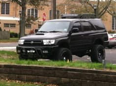 Black on black do off-road better. Toyota 4runner Trd, Toyota 4x4, Off Road Camping, Camping Gear, Toyota Runner, Toyota Surf, 3rd Gen 4runner, Beach Cars, Motorcycle Camping