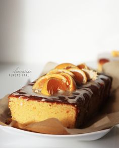 Clementine Almond Cake with Clementine Icing Glaze Almond Cakes, Delicious Desserts, Glaze, Icing, French Toast, Cheesecake, Breakfast, Food, Isomalt