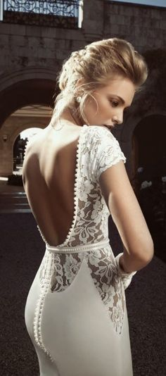 Gorgeous backless floral detail lace wedding dress