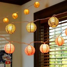 Fun & Easy DIY Lighting Solutions For Dorm Rooms Give a college student a string of Christmas lights and the possibilities are endless!