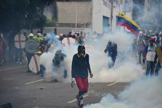 Resultado de imagen para represion en venezuela 2017