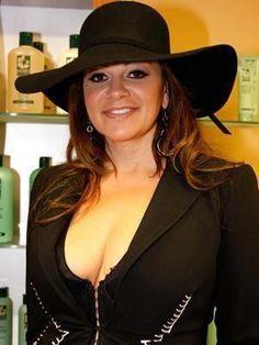 Jenni Rivera Selena Quintanilla Perez, Her Music, Beautiful Butterflies, Powerful Women, Jenni, My Idol, Cowboy Hats, Diva, Hair Beauty
