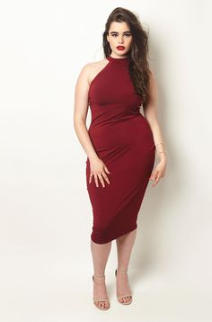 love this color and the dress as a whole