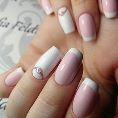 Hey there lovers of nail art! In this post we are going to share with you some Magnificent Nail Art Designs that are going to catch your eye and that you will want to copy for sure. Nail art is gaining more… Read French Nails, Simple Nail Art Designs, Nail Designs, Pretty Nails, Fun Nails, Crome Nails, Uñas Diy, Super Nails, Types Of Nails